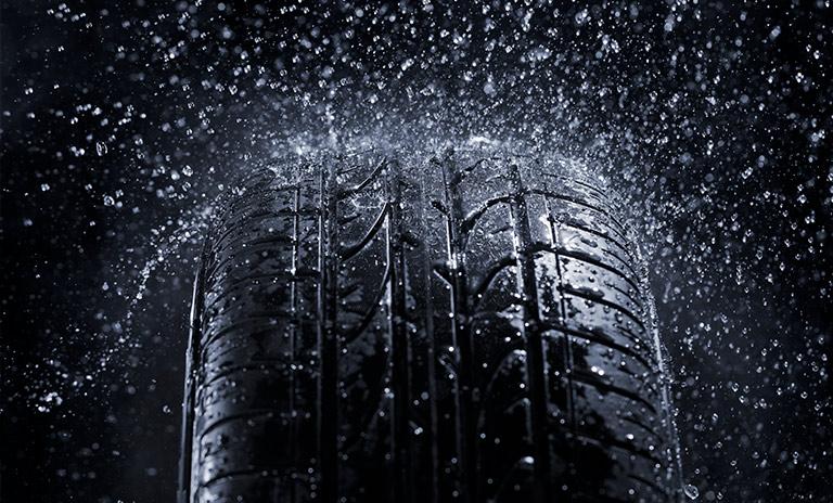 llantas mojadas para camionetas y camperos