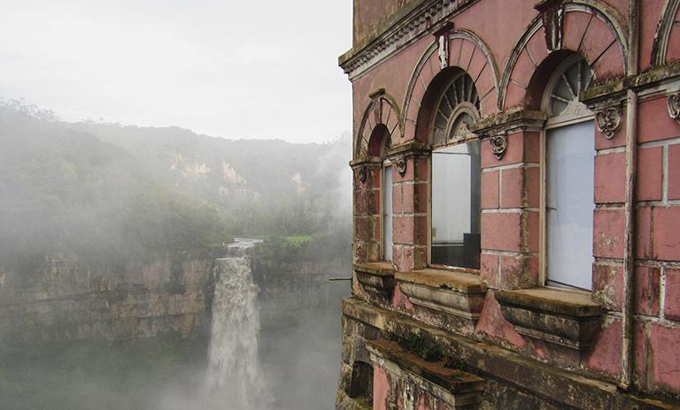 Hotel Salto del Tequendama, uno de los lugares embrujados de colombia