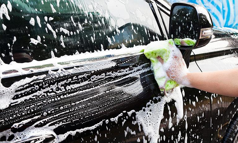 limpiar tu auto puede ser una experiencia divertida