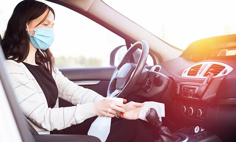 Protocolos de bioseguridad para desinfectar el auto