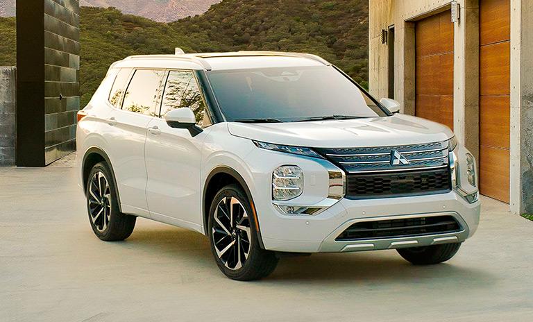 Camionetas Outlander 2022 color blanco