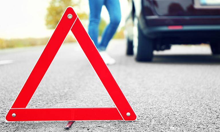 Triángulo de seguridad víal